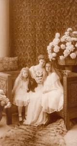 Maria si Fiicele
